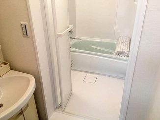 バスルームリフォーム お部屋の印象をガラッと変えた水廻りとサッシのリフォーム