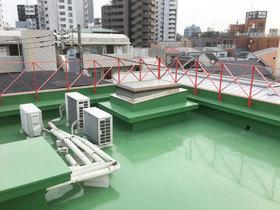外壁・屋根リフォーム悪天候でも雨漏りせず、歩いても滑りにくい防水塗装