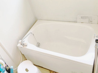 バスルームリフォーム バランス釜から追い焚き機能付きのお風呂へリフォーム