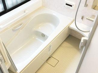 バスルームリフォーム 操作が分かりやすく便利な最新の水廻り設備