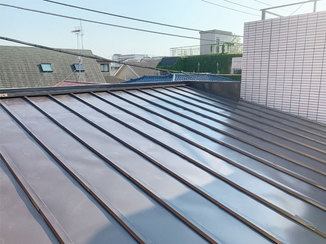 外壁・屋根リフォーム サビにくく劣化しにくいキレイが長持ちする屋根