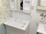 洗面リフォームたくさん収納できる便利な洗面化粧台