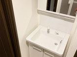 洗面リフォーム使いやすい水栓がついた洗面台