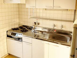キッチンリフォーム 入居者に喜ばれるお手入れがしやすいキッチン