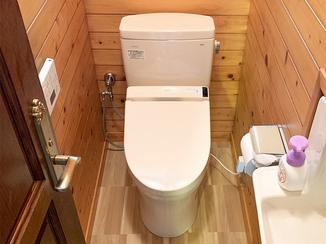 エクステリアリフォーム まとめて一新した2つのトイレと、スペースを有効活用した駐車場
