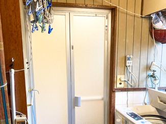小工事 スムーズに開け閉めできる浴室ドア